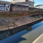 Canal do Rio Três Henriques desmoronando